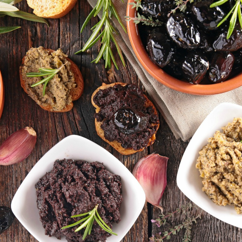 Olive Tapenade Starters